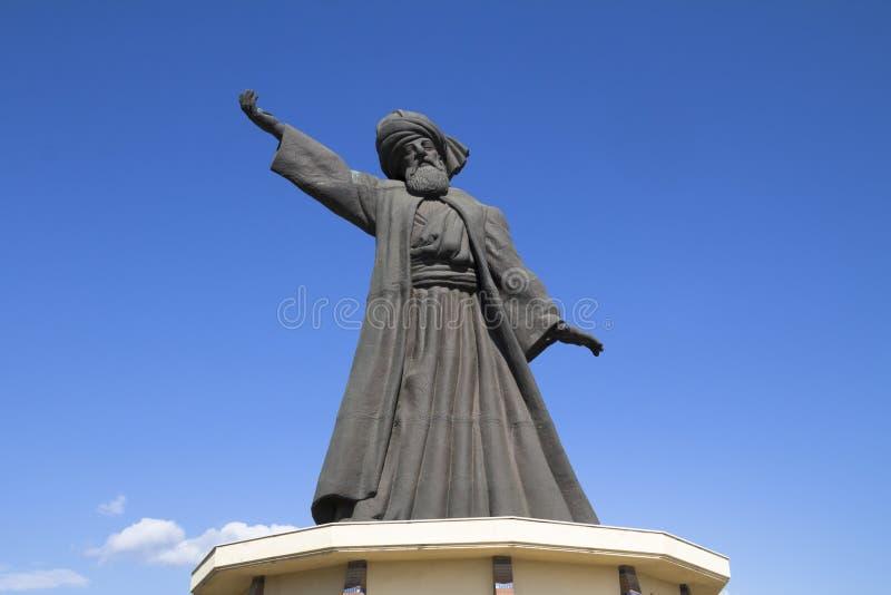Statue von berühmtem Mevlana Rumi lizenzfreie stockfotografie