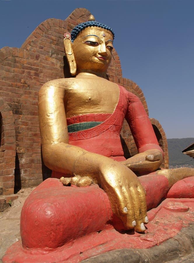 Statue von Buddha gelegen bei Swayambhunath lizenzfreies stockbild