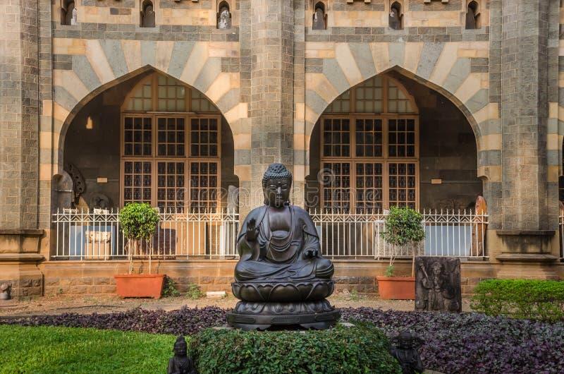 Statue von Buddhas im Prinzen von Wales-Museum, Mumbai, Indien lizenzfreie stockbilder