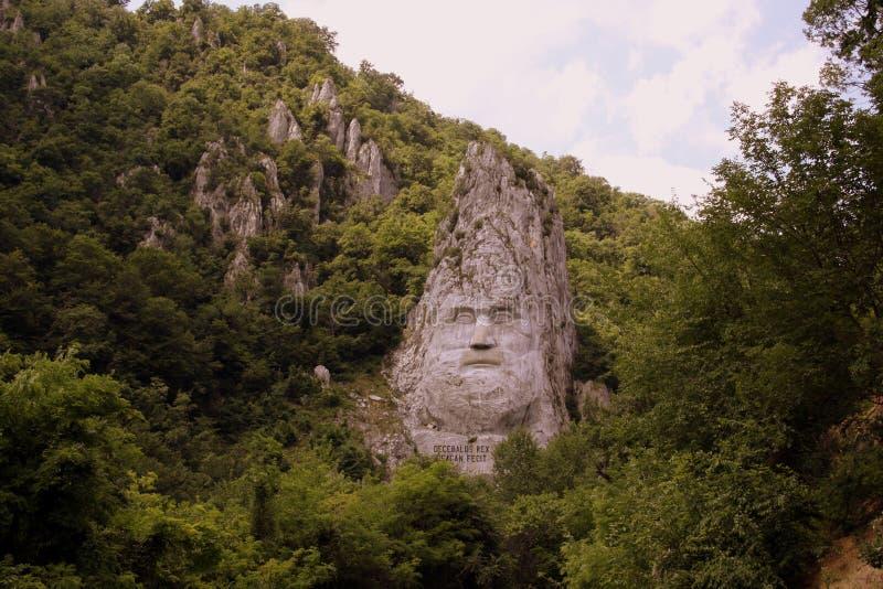 Statue von Decebalus stockbilder