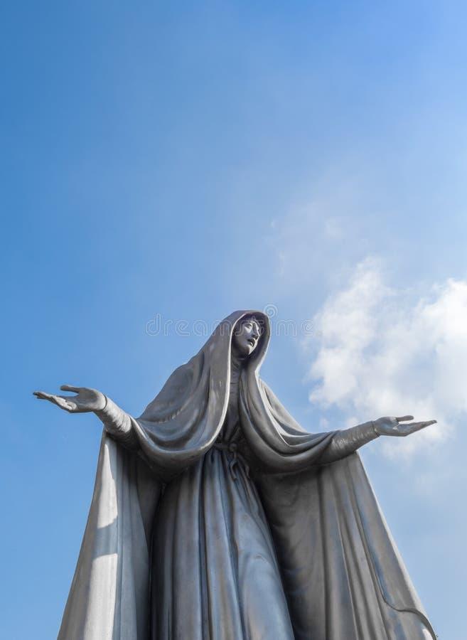 Statue von Jungfrau Maria lizenzfreies stockfoto