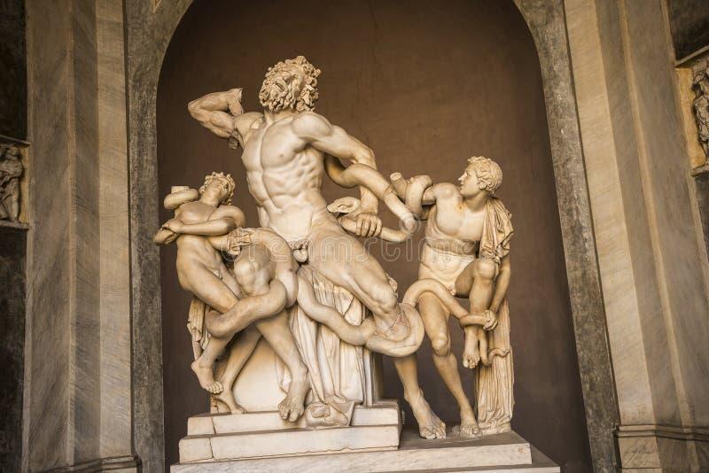 Statue von Laocoon in den Vatikan-Museen in Rom Italien stockfotografie