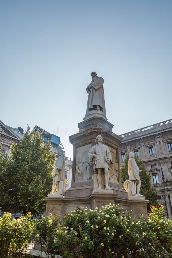 Statue von Leonardo Da Vinci stockfotografie