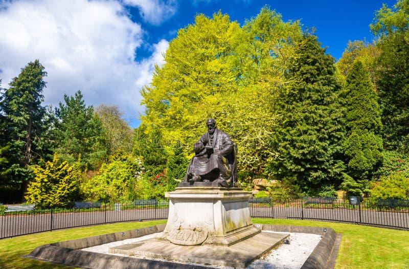 Statue von Lord Kelvin in Kelvingrove-Park - Glasgow lizenzfreie stockfotografie