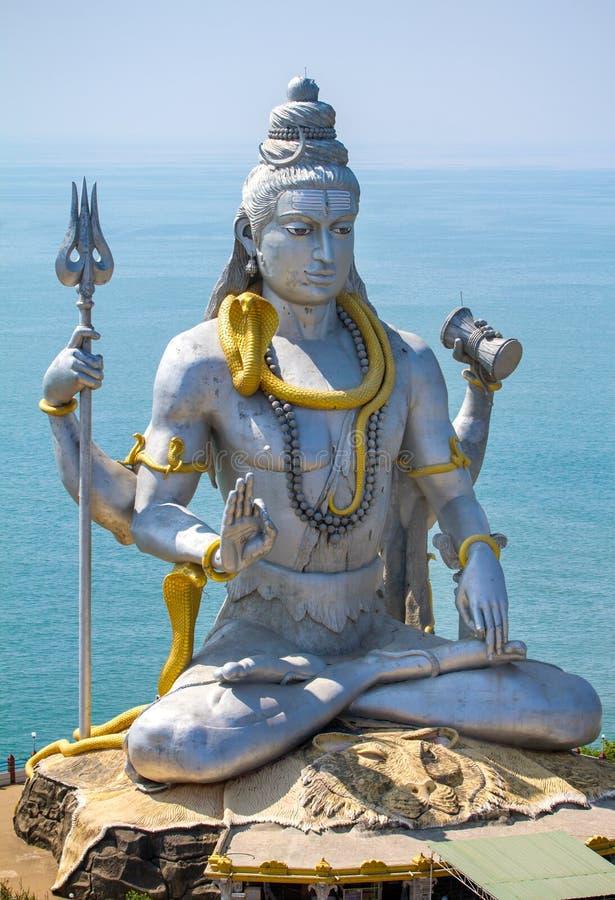 Statue von Lord Shiva in Murudeshwar-Tempel lizenzfreie stockfotografie