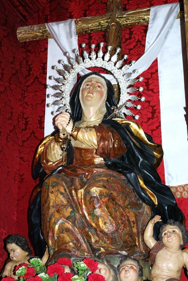 Statue von Mary innerhalb Santa Maria La Mayor Churchs, Ronda, Spanien stockbilder