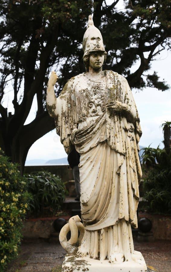 Statue von Minerva stockbilder