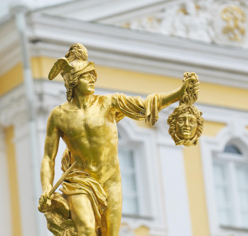 Statue von Perseus mit dem Kopf der gorgon Medusa lizenzfreie stockbilder
