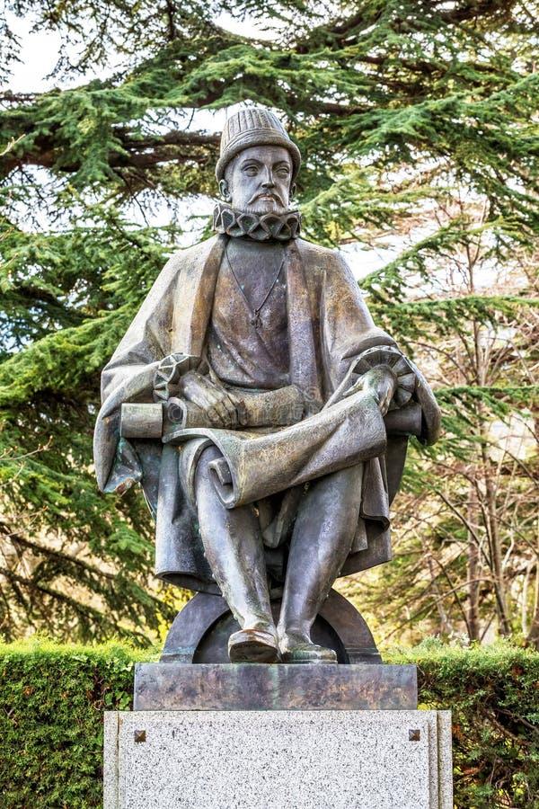 Statue von Philip II (1527 -1598) der Gründer Escorial (1584), S lizenzfreie stockfotos