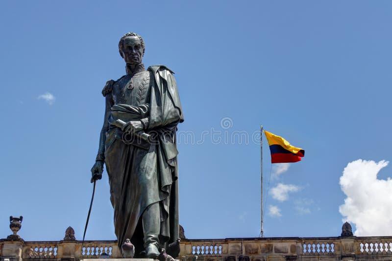 Statue von Simon Bolivar in Bogota lizenzfreie stockbilder