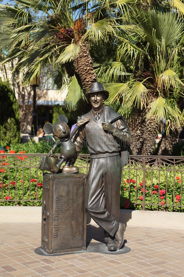 Statue of Walt Disney and Mickey Mouse stock photography