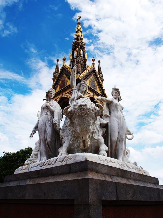 Statuen des Denkmals des Prinz-Albert in London lizenzfreie stockbilder