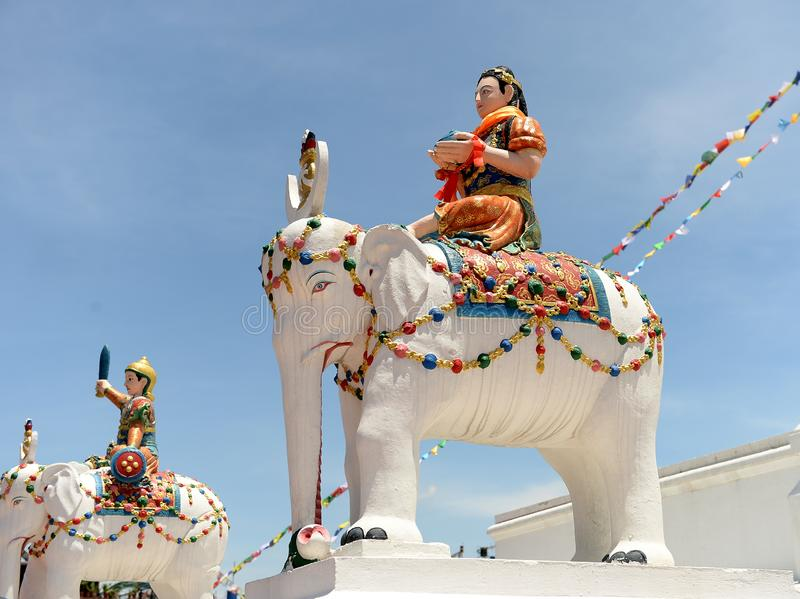Statuen von Elefantreitern, Kathmandu, Nepal lizenzfreie stockbilder