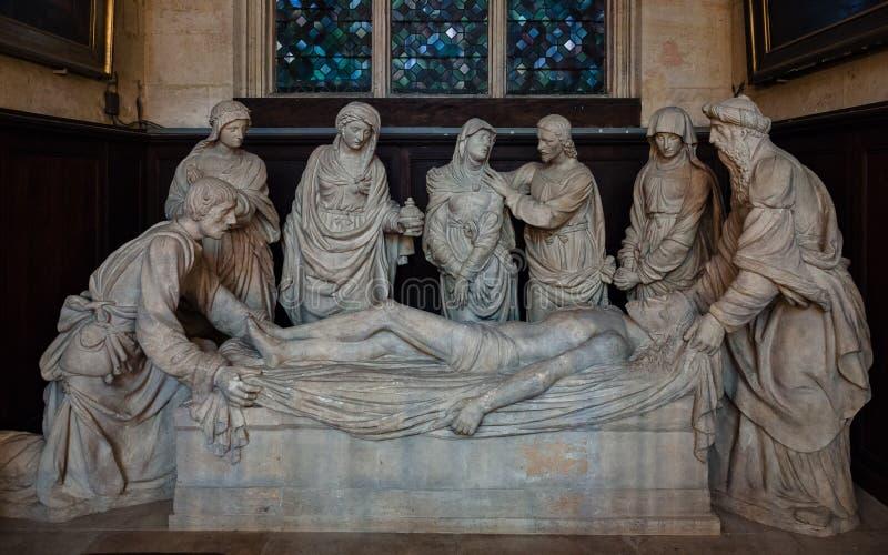 Statuen, welche die Absetzung von Jesus-Toten auf dem Kreuz I darstellen stockfotos