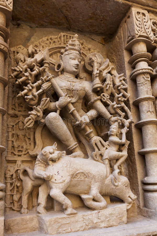 Free Statues At The Rani Ki Vav Step Well Royalty Free Stock Images - 26284119