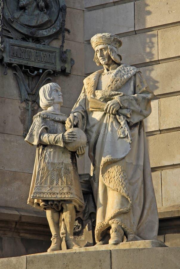 Statues au fond du monument à Christopher Columbus, Barcelone, Espagne image libre de droits