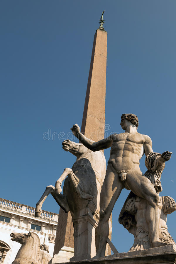 Download Statues Of Castor And Pollux Stock Photo - Image: 26660816