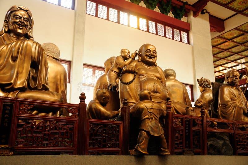 Statues de Bouddha chez le temple de Lingyin Hangzhou photographie stock libre de droits