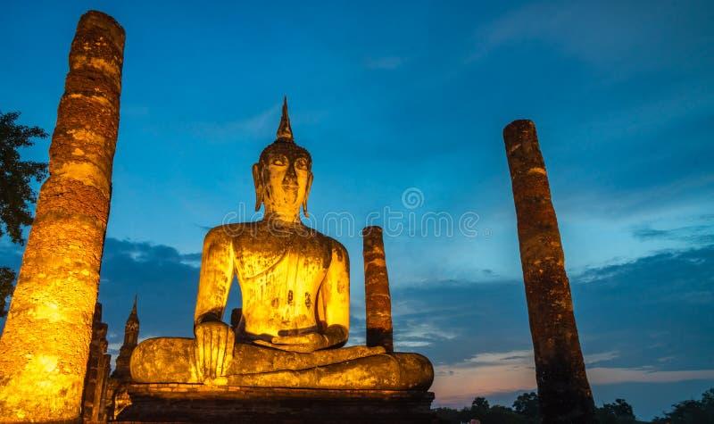 Statues de Sukhothai Wat Mahathat Buddha à la capitale antique de Wat Mahathat de Sukhothai Thaïlande Le parc historique de Sukho photos stock