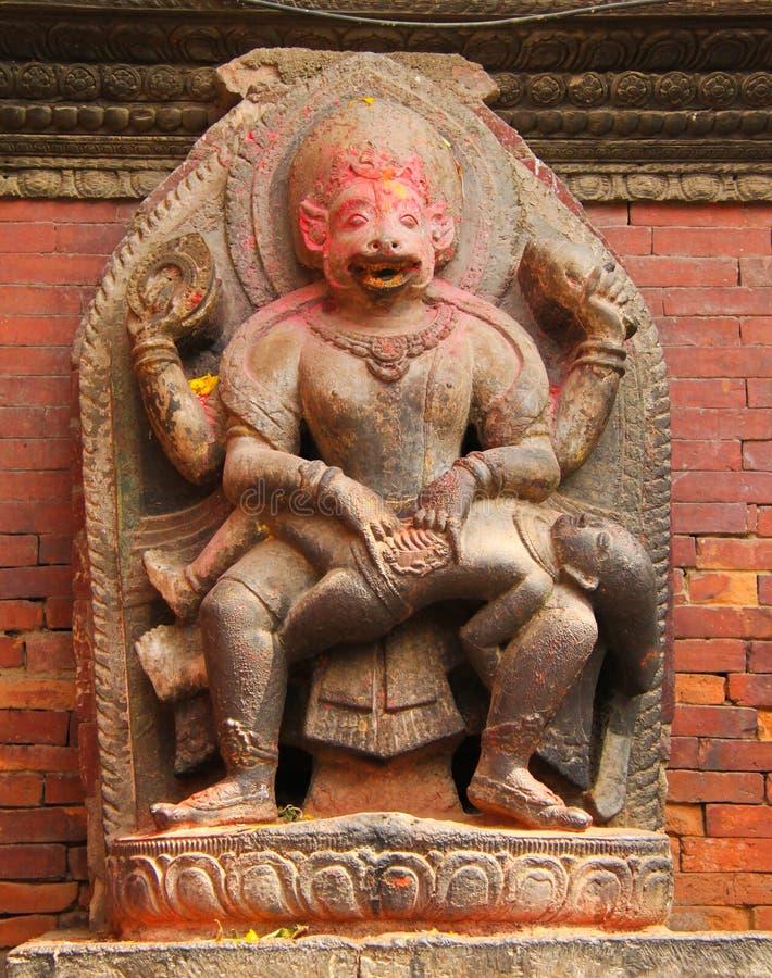 Statues du Népal dans le temple photos libres de droits