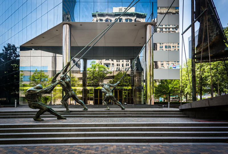 Statues and modern building in Richmond, Virginia. stock photography