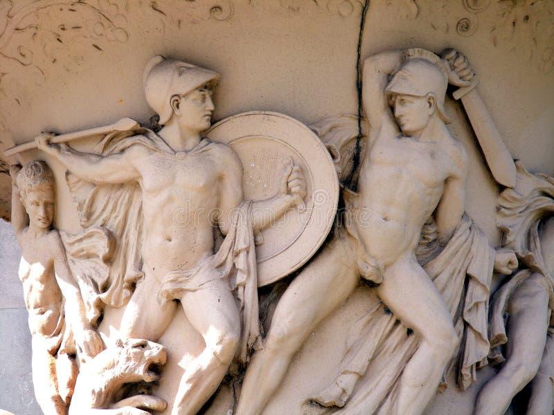Statues Scène-romaines de Voyage-nouvelle Orléans-Louisiane-bataille sur un vase image libre de droits