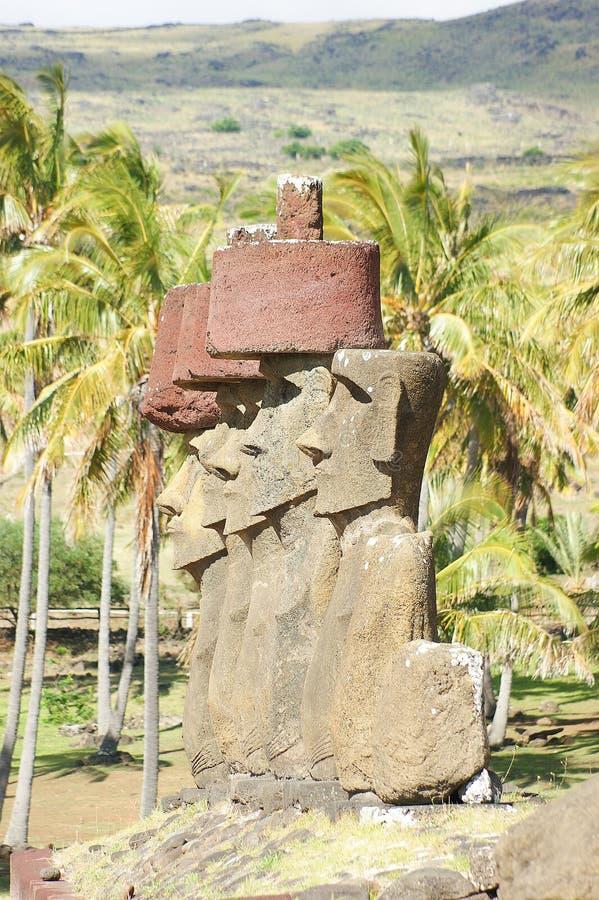 Statues sur l'île de Pâques photographie stock