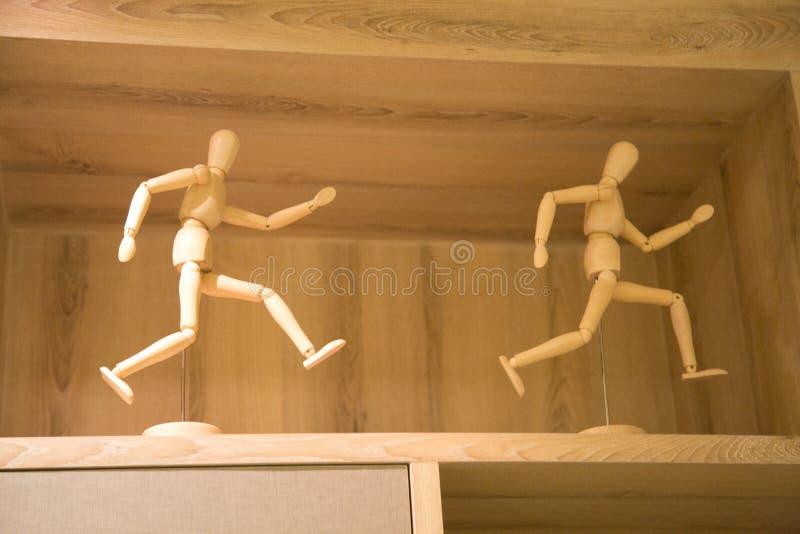 Statuetta di legno divertente fotografie stock libere da diritti