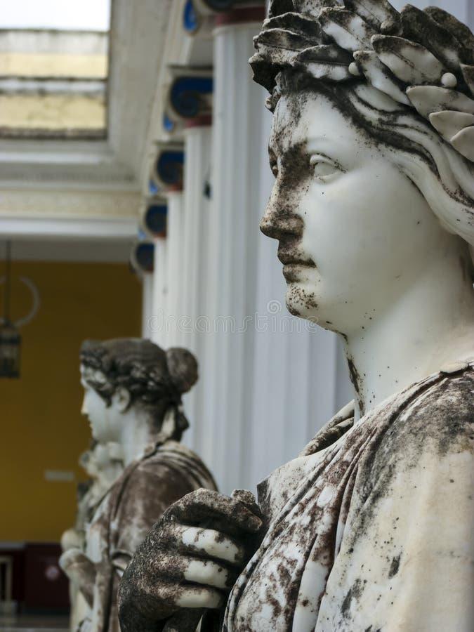 Statuy dziewięć dumają przy Achilleion pałac, wyspa Corfu Achilleion budował imperatorową Elisabeth Austria, znać jak obraz royalty free