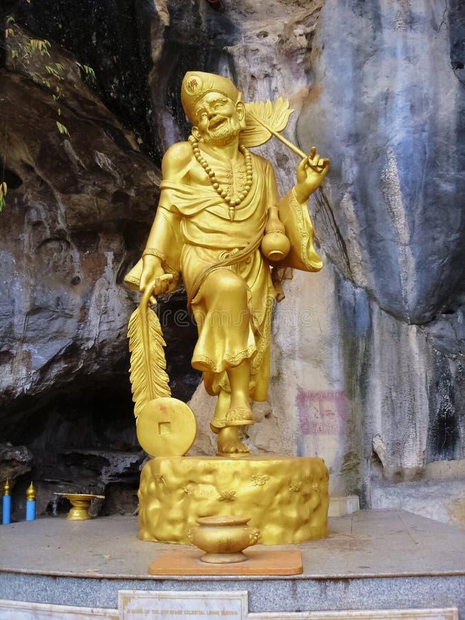 Statuy Ji gong w świątynnym Wacie Tham Sua (Ji nauczyciel) Tajlandia zdjęcia royalty free