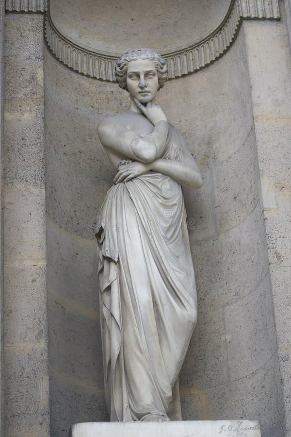Statuy kobiety krzyża ręki zdjęcia stock