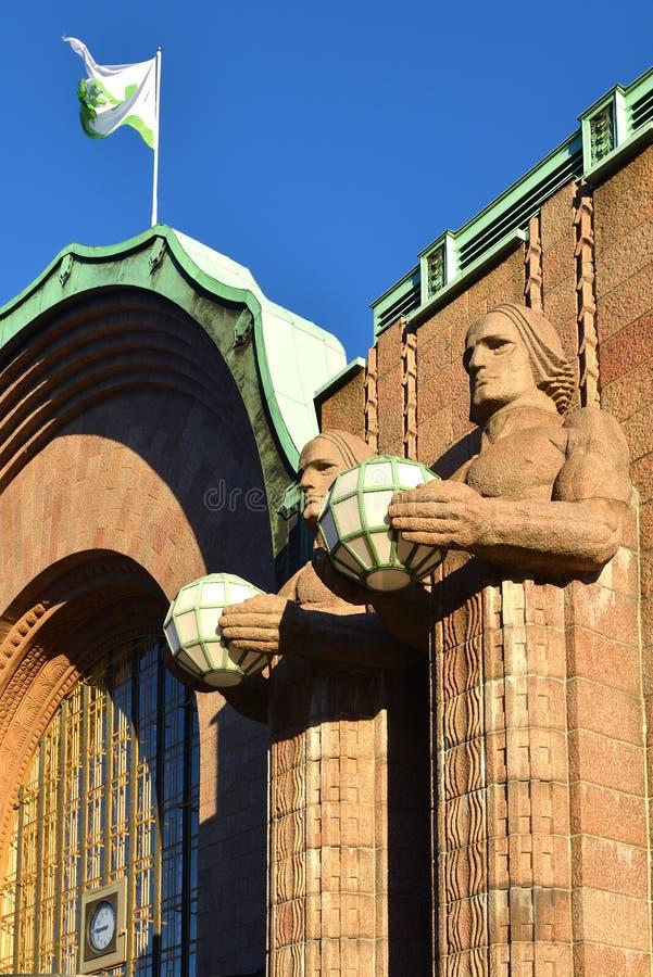 Statuy przy Helsinki centrali stacją zdjęcie royalty free