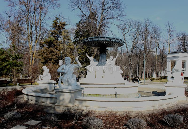 Statuy w central park, cluj, Rumunia obrazy royalty free