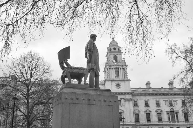 Staty av Abraham Lincoln i parlamentfyrkant royaltyfri fotografi