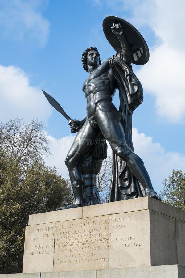 Staty av Achilles i Hyde Park, London, UK royaltyfri fotografi