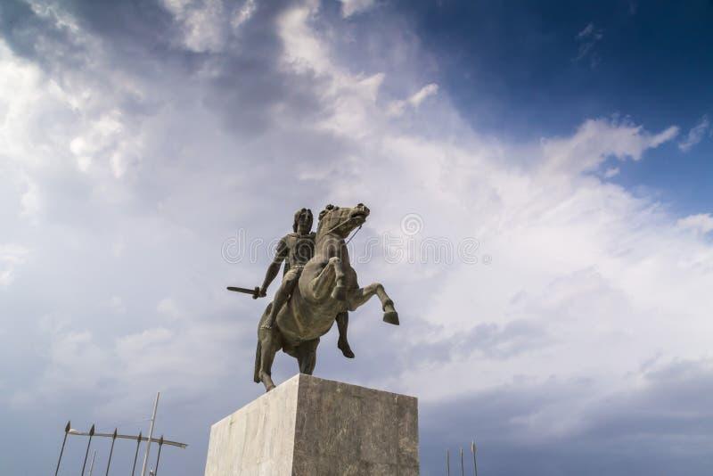 Staty av Alexander det stort av Macedon på kusten av Thessaloniki arkivbild