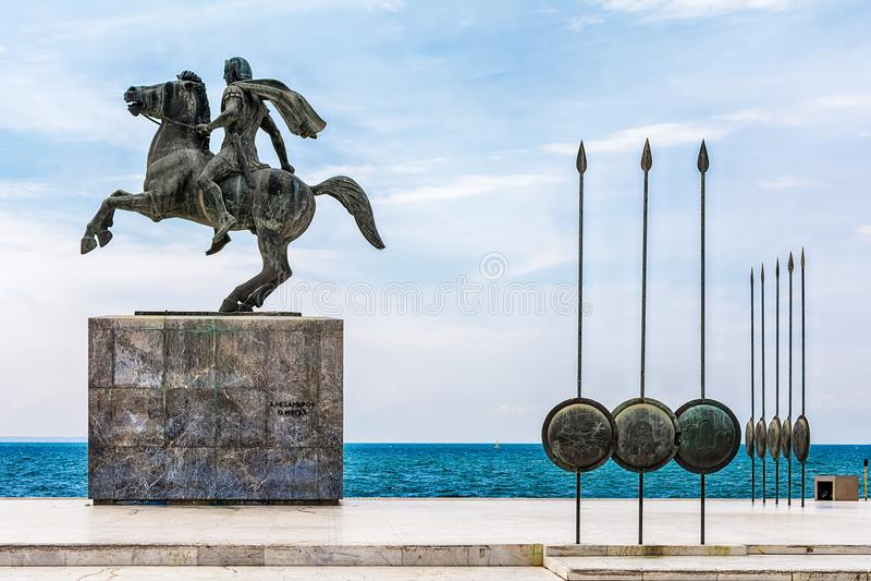 Staty av Alexander storen i Thessaloniki royaltyfri fotografi
