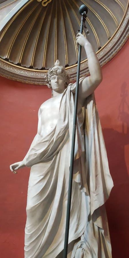 Staty av Antinous för italy för dubbel spiral rome museum trappuppgång vatican arkivfoton