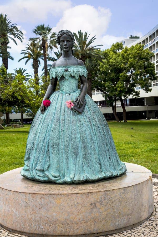 Staty av Austro den ungerska kejsarinnan Elizabeth i den Funchal madeiran arkivbild