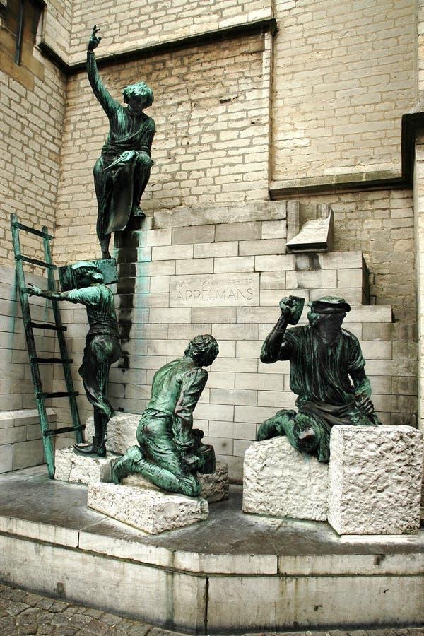 Staty av byggmästarna, Antwerp arkivfoto
