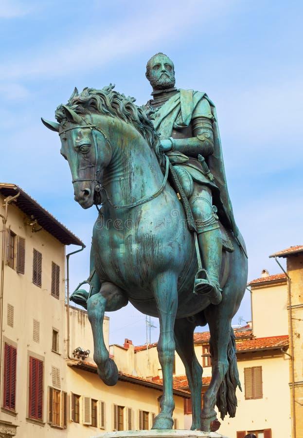 Staty av Cosimo I de Medici royaltyfri bild