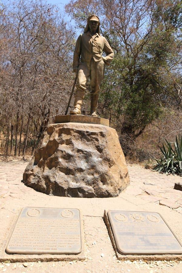 Staty av David Livingstone i Victoria Falls National Park, Zimbabwe arkivfoton