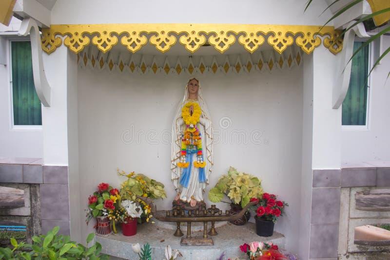Staty av den välsignade oskulden Mary, Thailand arkivbilder