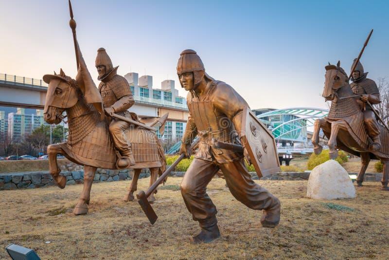Staty av det forntida Garak arvet på vägen i Gimhae, södra Gyeongsang landskap arkivbilder