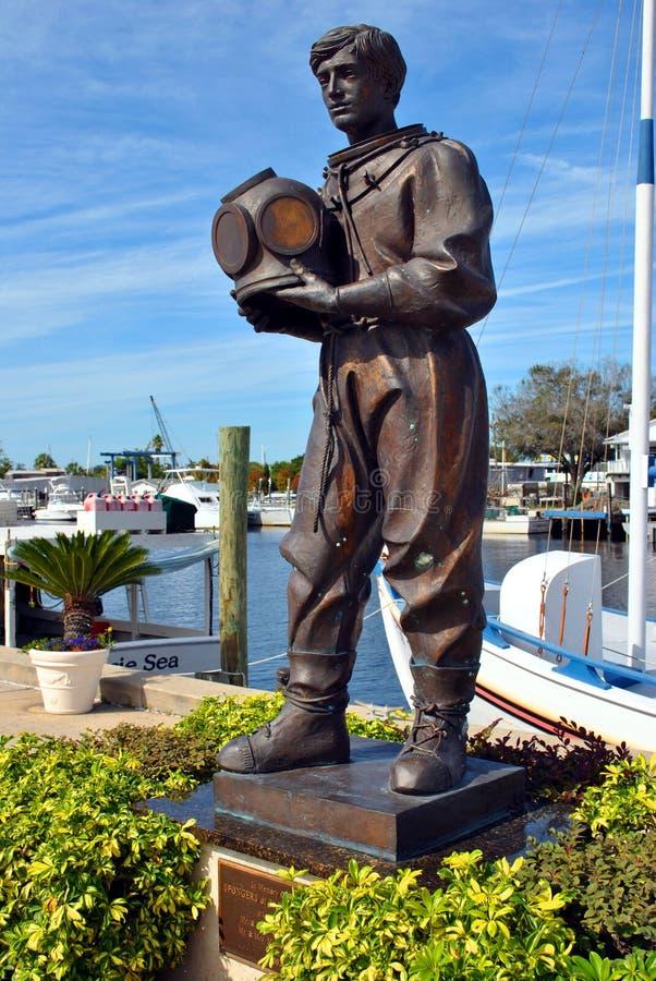 Staty av en tidig svampdykare i Tarpon Springs arkivbild