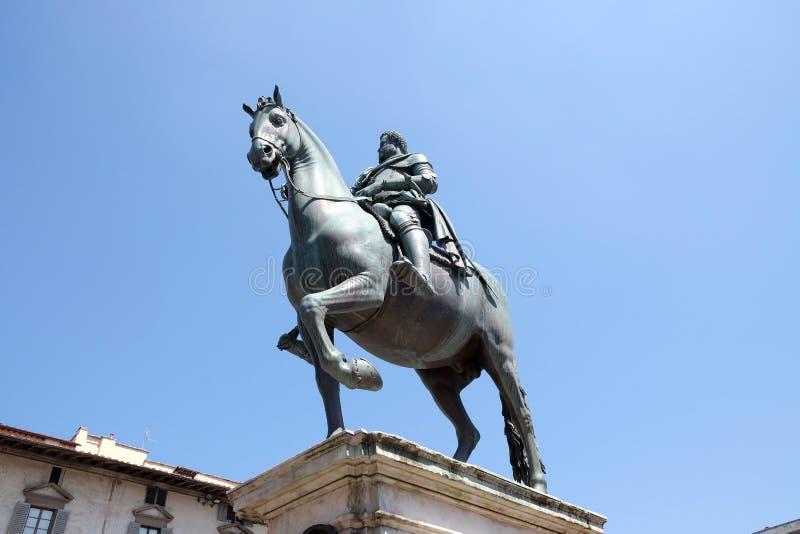 Staty av Ferdinando Jag de Medici i Florence, Italien royaltyfri foto