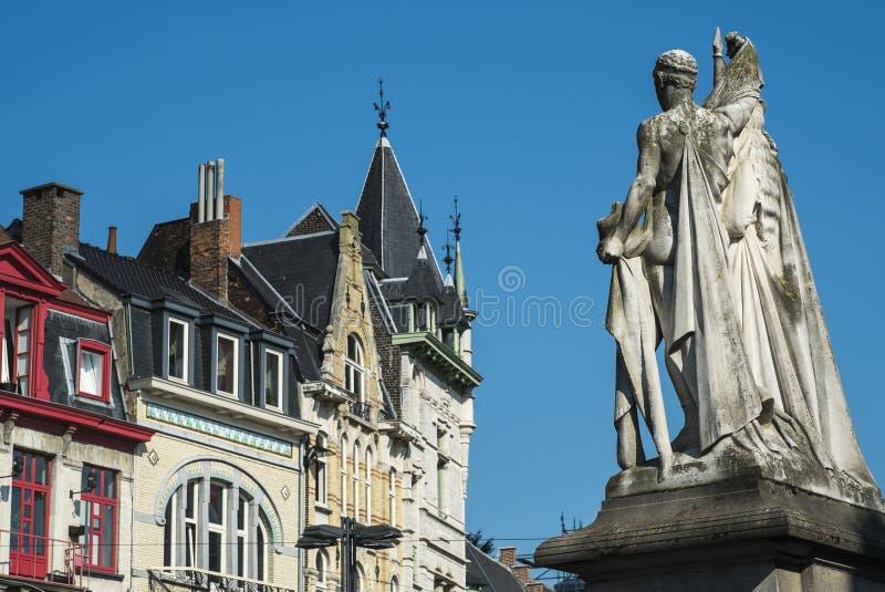 Staty av Jan Frans Willems i herre fotografering för bildbyråer