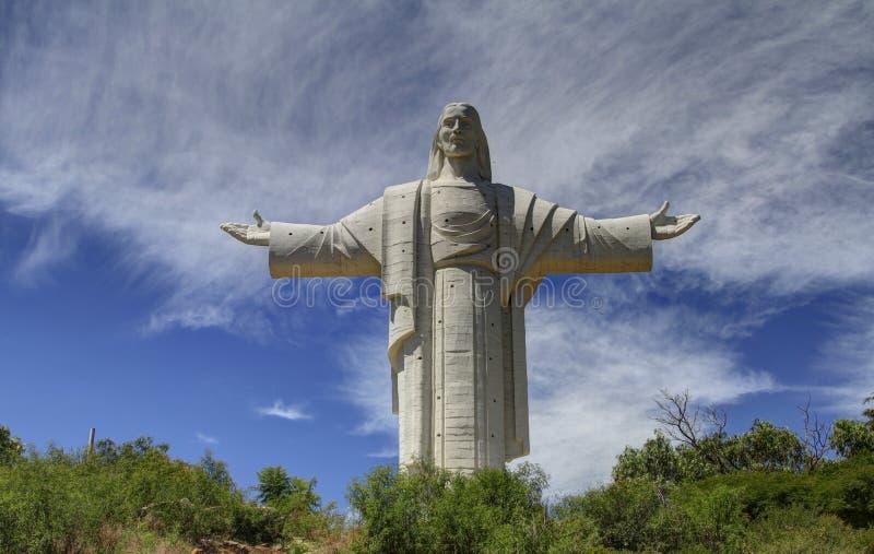 Staty av Jesus, Cochabamba, Bolivia fotografering för bildbyråer