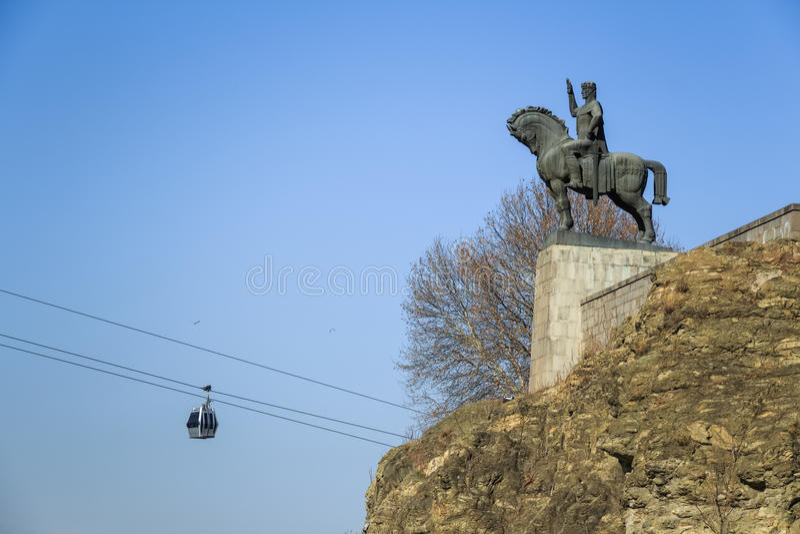 Staty av konungen Vakhtang Gorgasal royaltyfri foto