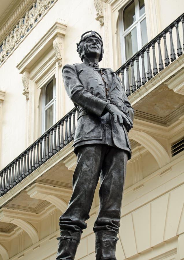 Staty av luftchefen Marshall Keith Park, London fotografering för bildbyråer